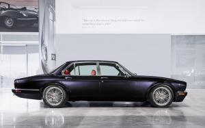jaguar-xj-exclusive-greatest-hits-iron-maiden-nicko-mcbrain-1